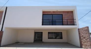 Baño Quinta las Flores ll  Agencia inmobiliaria Mi Llave Inmobiliaria venta de casas y departamentos en Tehuacán Puebla casa agente inmobiliario las mejores - copia